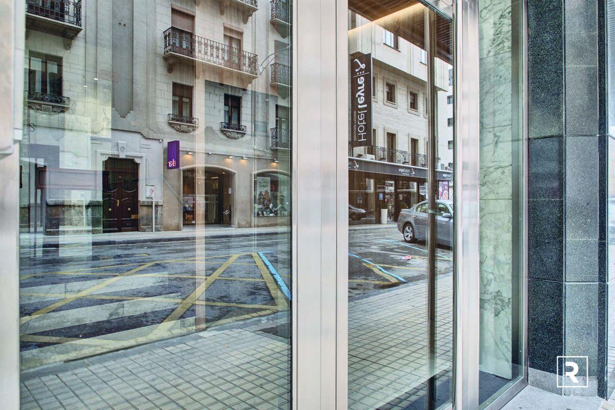 ELIMINACIÓN BARRERAS BY RIA CONSTRUCCION & INTERIORISMO